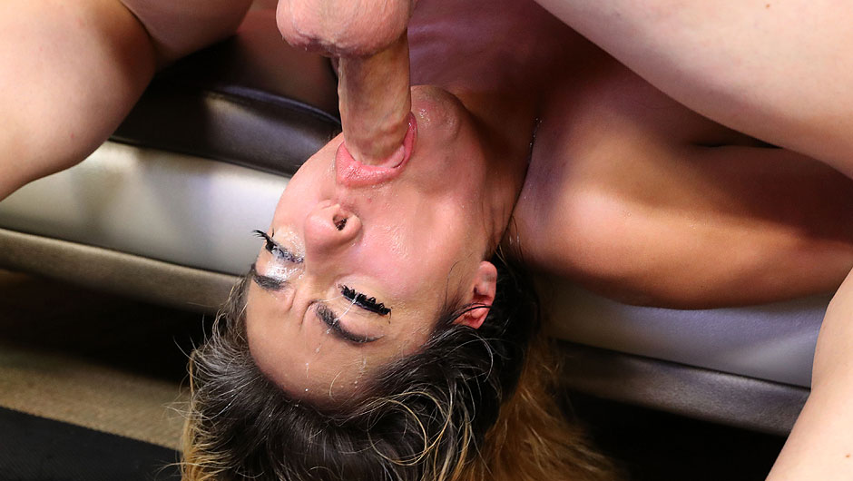 Sara monroe pulled him on the bed and told him to face fuck her